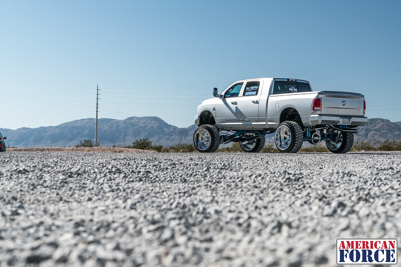 Ridin'-High-Silver-Dodge-Ram-161105-DSC02822-45.jpg