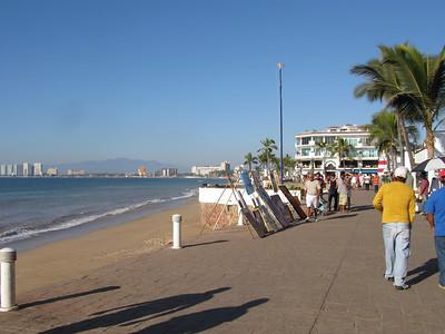 SCENES FROM THE BEACH: PUERTO VALLARTA