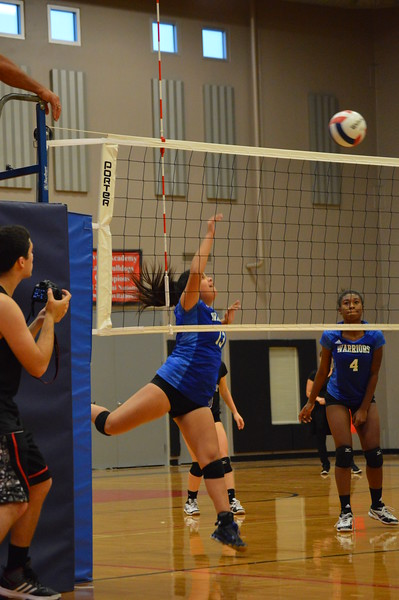 Varsity Volleyball vs Yavneh 9.14.17