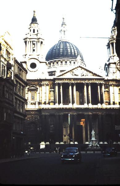 1959-11-1 (10) St Pauls, London.JPG