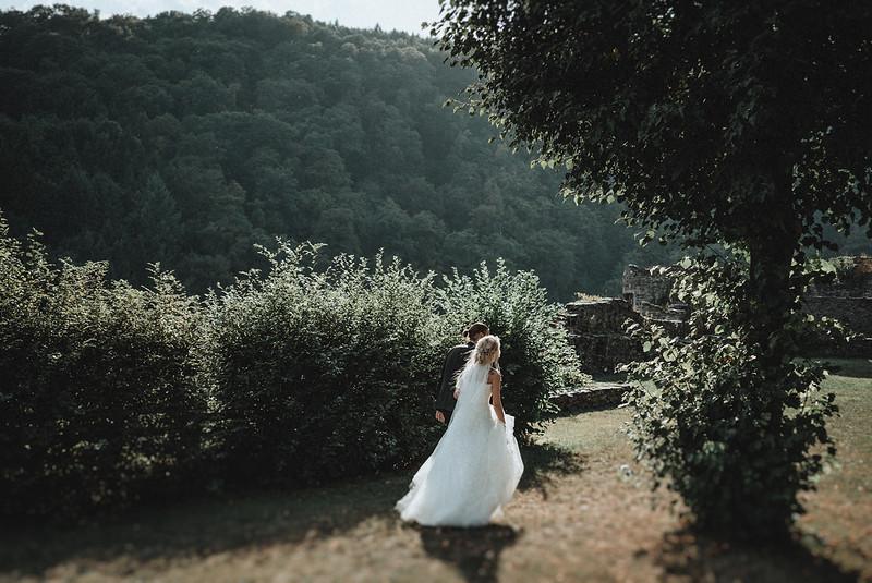 Tu-Nguyen-Wedding-Hochzeitsfotograf-Hochzeitsreportage-Neuwied-Bonn-Koblenz-Jan-Jessica-211.jpg