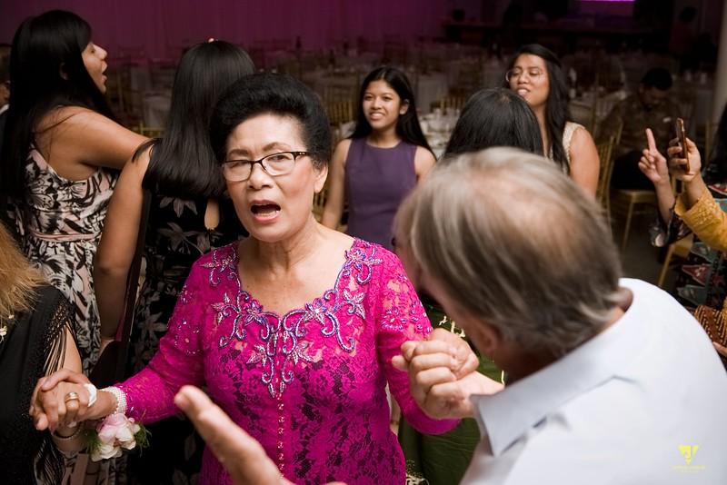 Wedding of Elaine and Jon -738.jpg