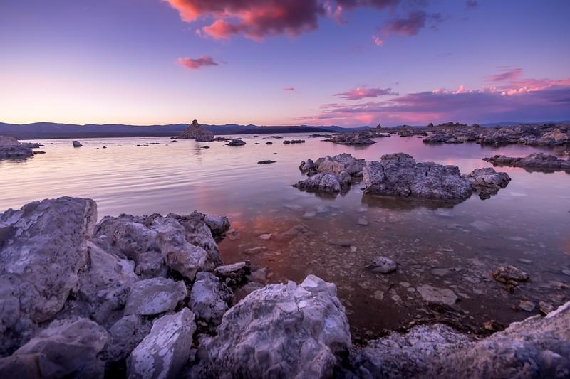 fun things to do in northern california - mono lake