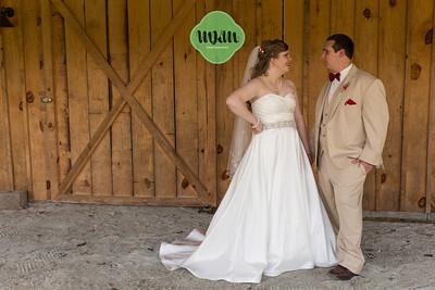 Melissa & Teddy | A Homestead Steakhouse Wedding