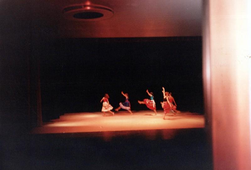 Dance_0354_a.jpg