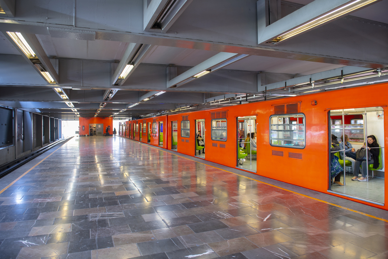 mexico city metro - how to get around mexico city