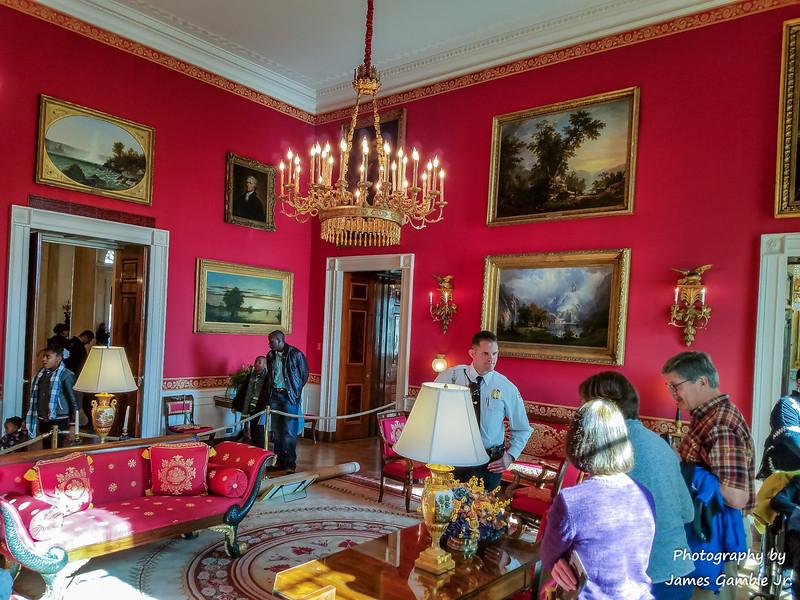 White-House-Tour-120330.jpg