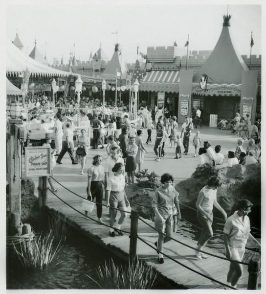 Disneyland, Ruth, Phil.  I don't remember this trip.