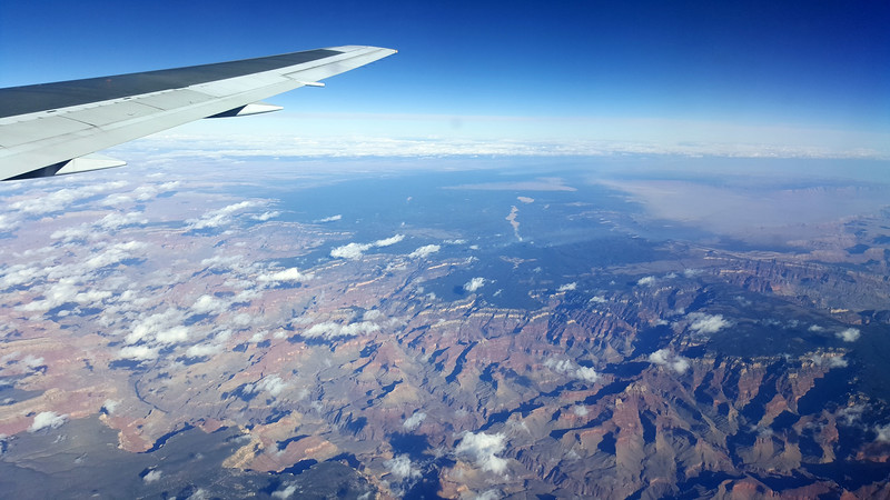 Flying-LosAngeles01.jpg