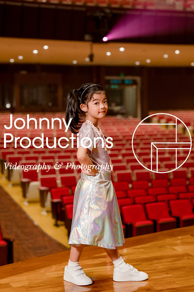 0050_day 1_orange & green shield portraits_red show 2019_johnnyproductions.jpg
