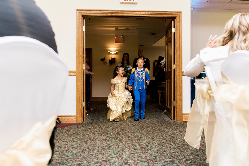 melissa-kendall-beauty-and-the-beast-wedding-2019-intrigue-photography-0313.jpg