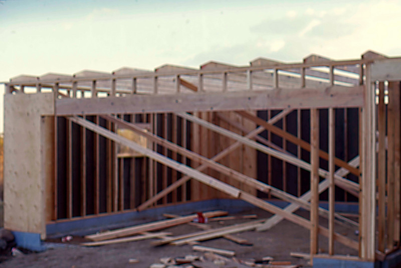 1974-10 - Garage framing