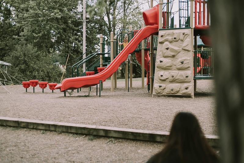 Eloise & Isabelle, BG Park 89.jpg