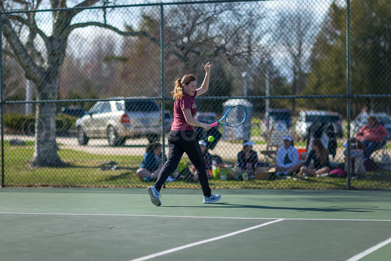 Sports-GSA-v-DIS-tennis-lillian-maier-042717-TY.jpg