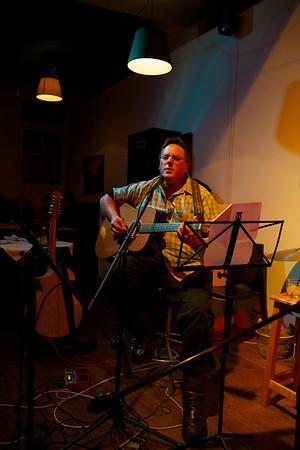 Acoustic Cafe, 20 June 2013