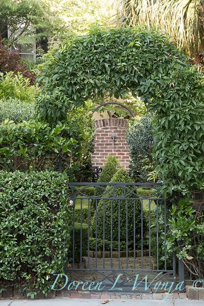 Garden gate_7546.jpg