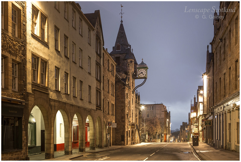 Canongate tolbooth, early dawn