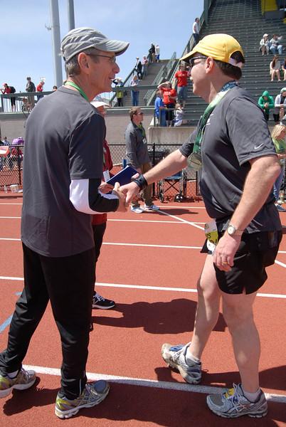 Joe's Team_EugeneMarathon2011_213.jpg