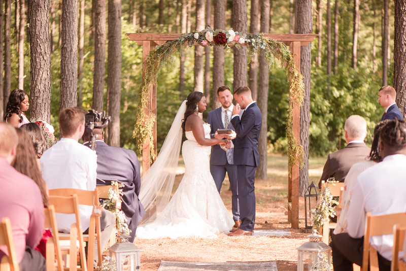 Lachniet-MARRIED-Ceremony-0071.jpg