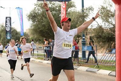 חצי מרתון השרון 2013