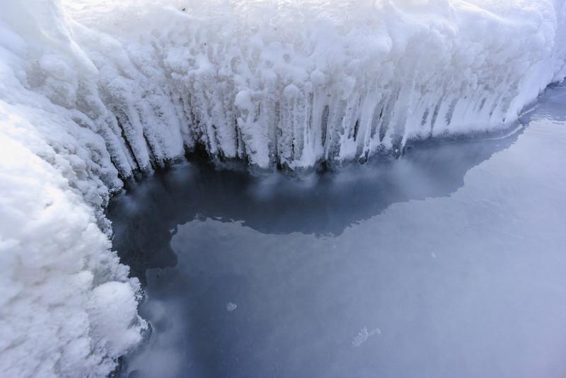 13_12_17 Canada Trip lake front 369.jpg