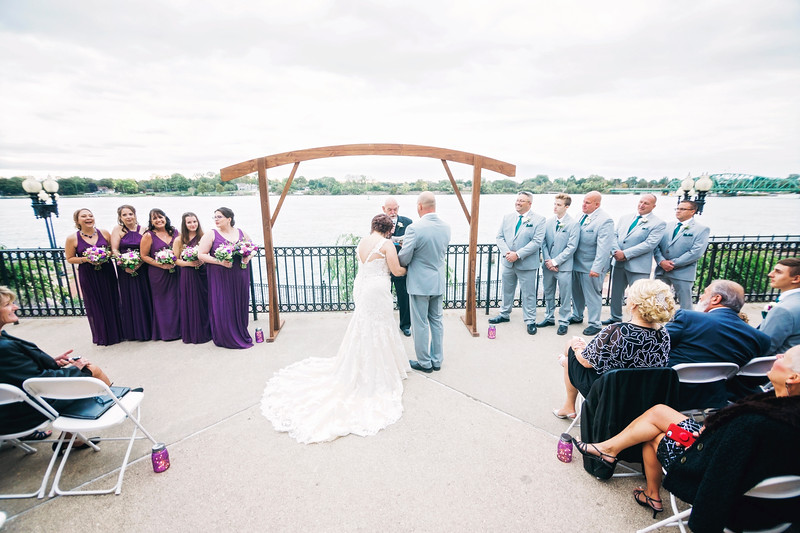 chateau-on-the-river-trenton-michigan-wedding-0270.jpg