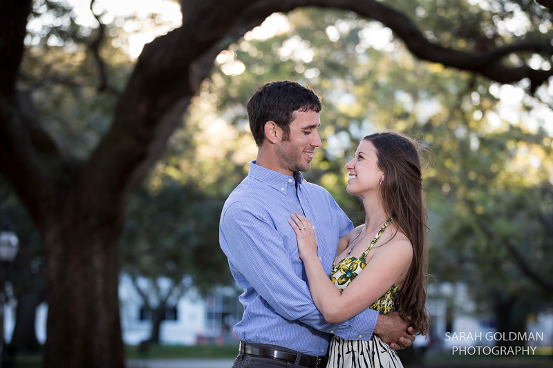 downtown-Charleston-engagement-photos (12).jpg