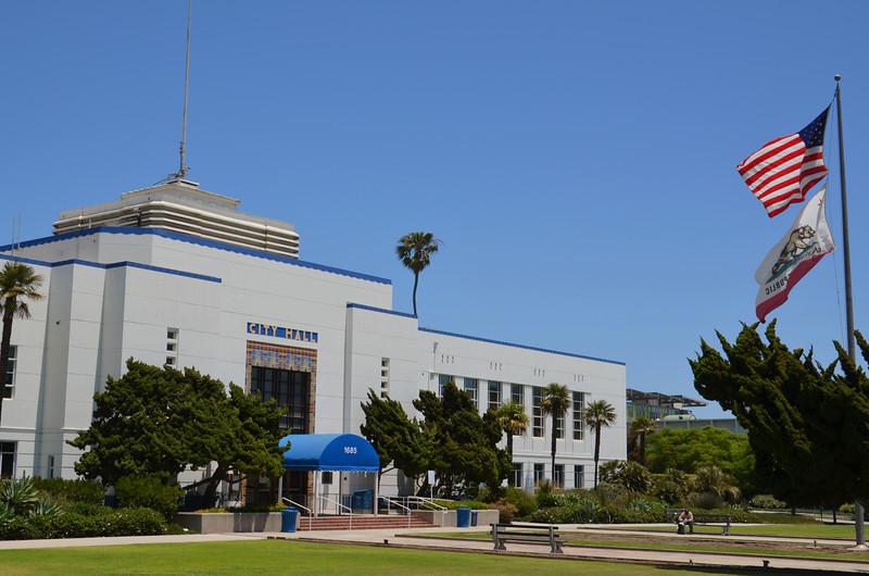 DSC_2517-santa-monica-city-hall.JPG