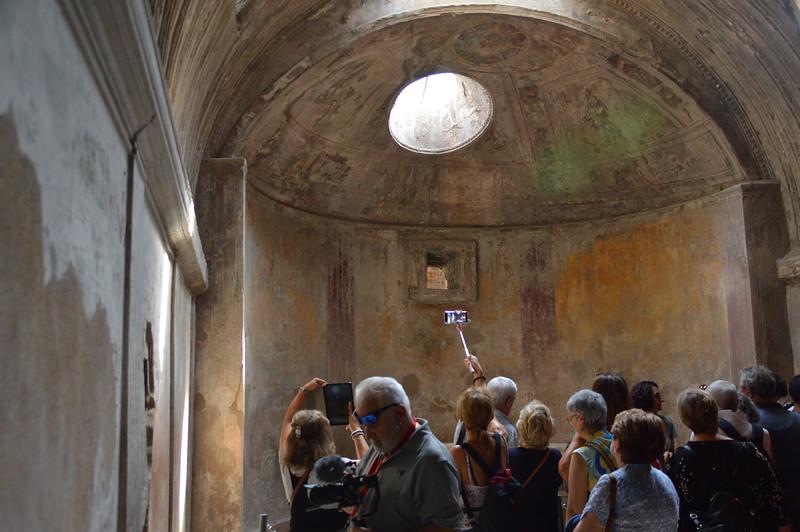 2019-09-26_Pompei_and_Vesuvius_0807.JPG