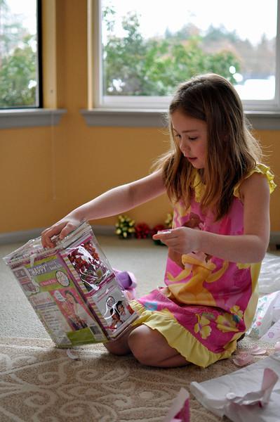 2012.01 - Kimber's 8th Birthday. Beads and stuff.