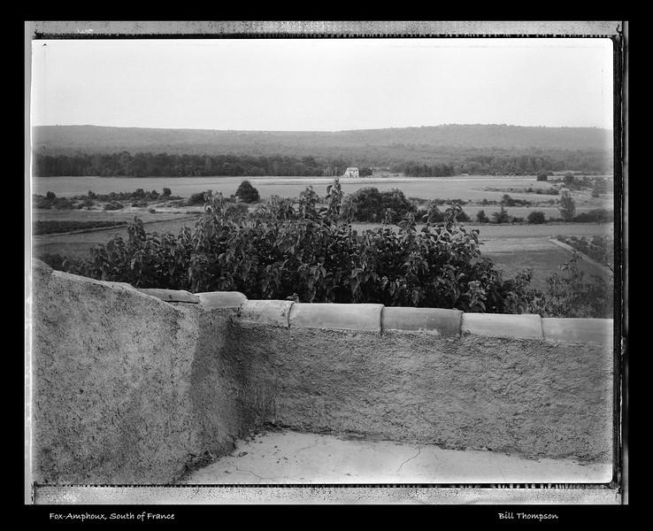 79-121(Fox-Amphoux-view terraceU.jpg