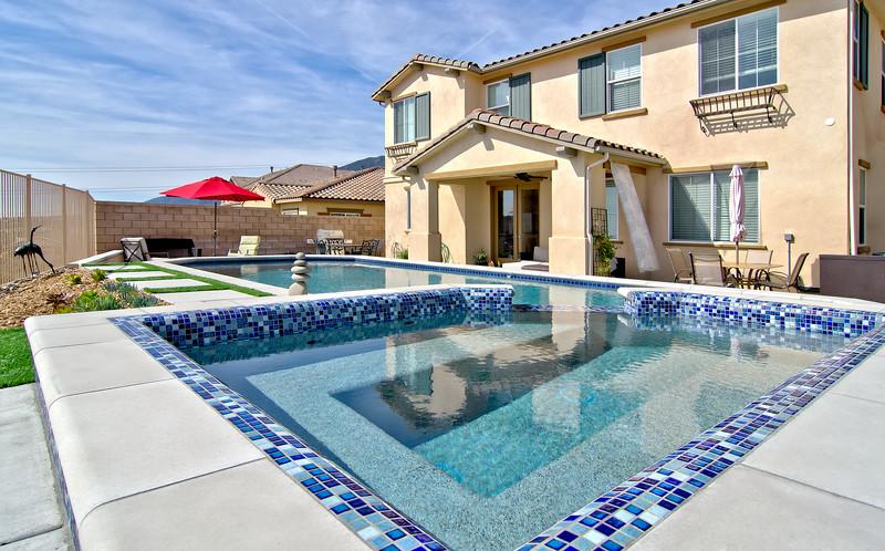 12197 Maroon Dr Rancho Cucamonga Pool (3).jpg