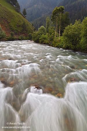 Flowing water of neelum
