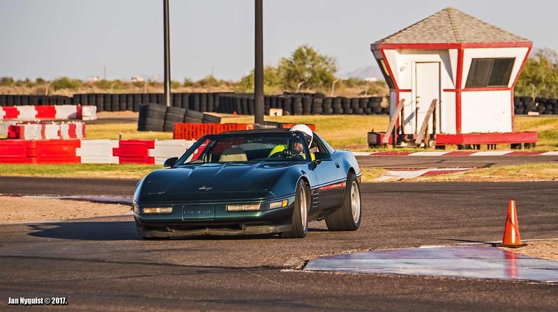 Corvette-dark-green-5010.jpg