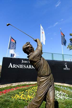 ARNOLD PALMER STATUE AND ART