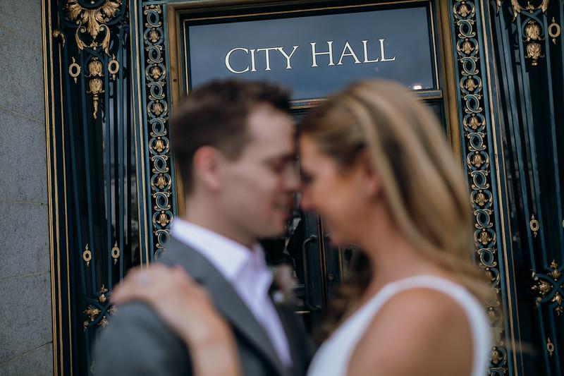 2018-10-04_ROEDER_EdMeredith_SFcityhall_Wedding_CARD1_0265.jpg