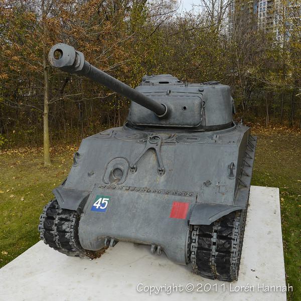 York Cemetery - York, ON - M4A2(76)W HVSS, 17 & 25 Pounders, 40mm Bofors