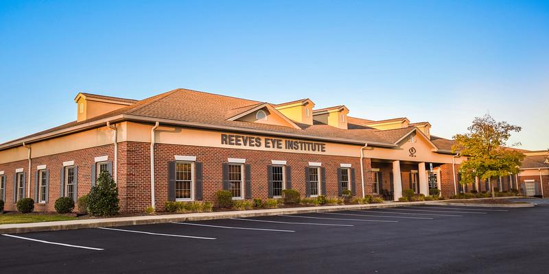 ReevesEye-19-157.jpg