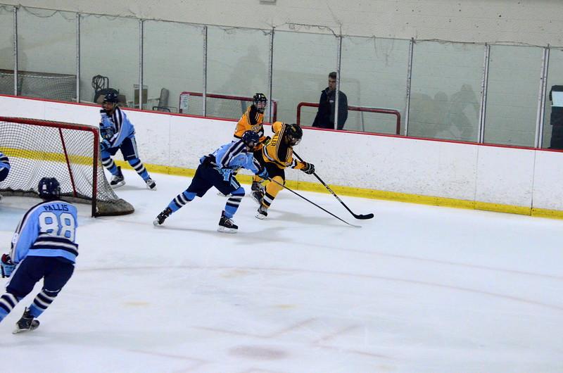 150904 Jr. Bruins vs. Hitmen-027.JPG