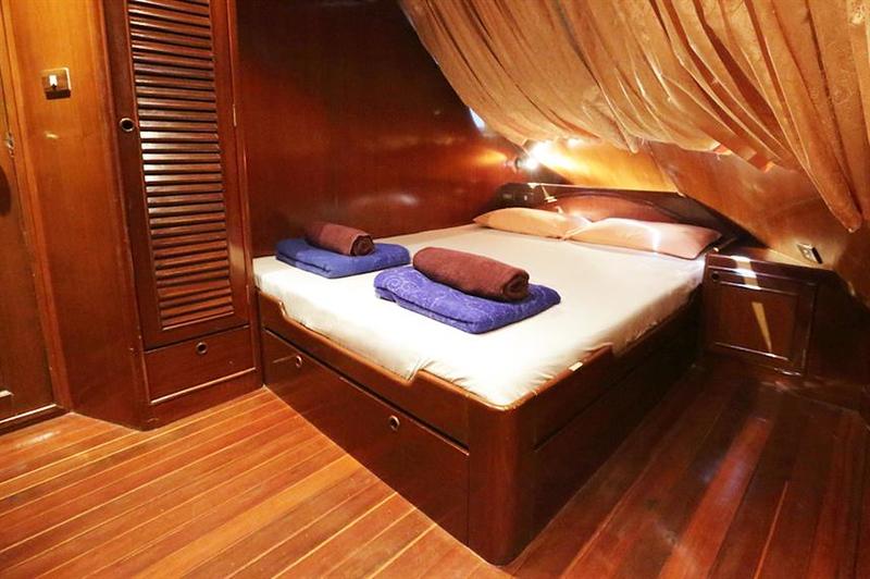 Deluxe Cabin.jpg
