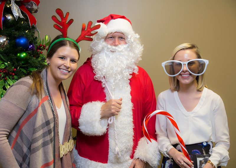 Resource Group 2016 Holiday Party-3121.jpg