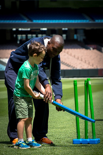 """No Boundaries"" Blind Cricket at the MCG"