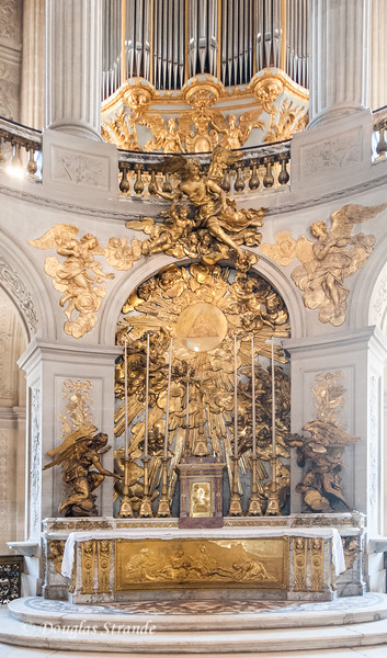 Inside the Chapel at the Chateu Versailles