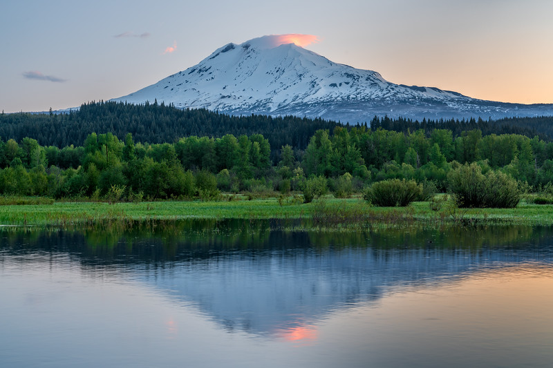 Lenticular Cloud on Mt. Adams