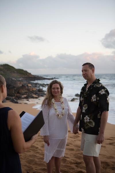 Kauai-sunrise-wedding-26.jpg