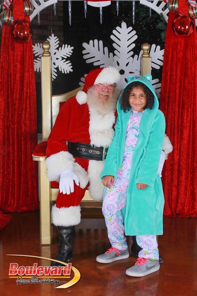 Santa 12-17-16-194.jpg