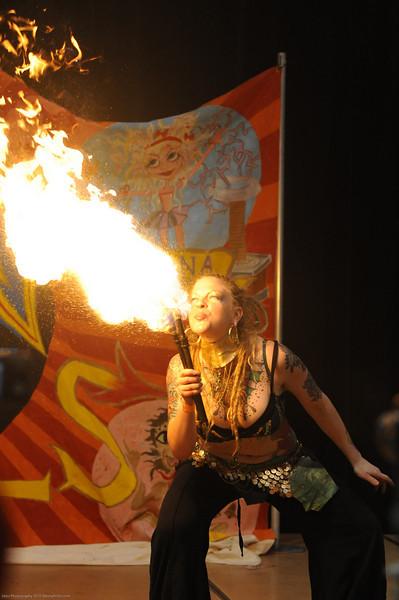 Gia Maze, firebreather