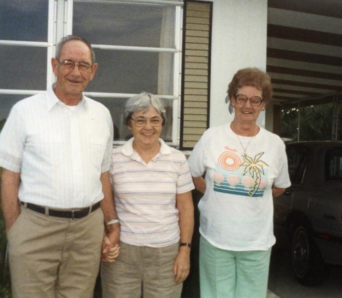 Frank & Myrtle Clark with sister Amelia