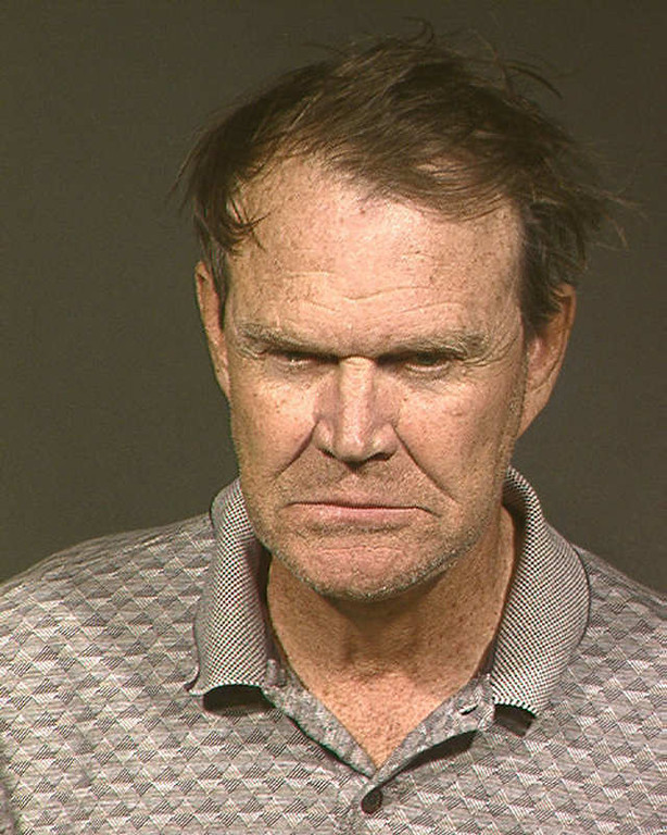 . Country singer Glen Campbell is shown in this Monday, Nov. 24, 2003, Maricopa County Sheriff\'s Office booking handout photo at the Madison Street Jail in Phoenix. The singer was freed Tuesday on $2,000 bail on charges of extreme drunken driving, hit and run, and suspicion of assaulting a police officer. (AP Photo/Maricopa County Sheriff\'s Office)
