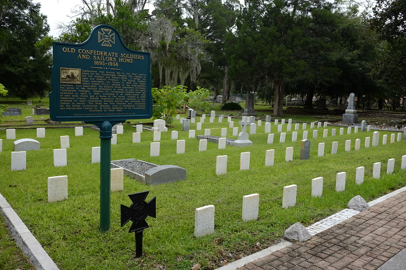 Old City Cemetery Graves.JPG